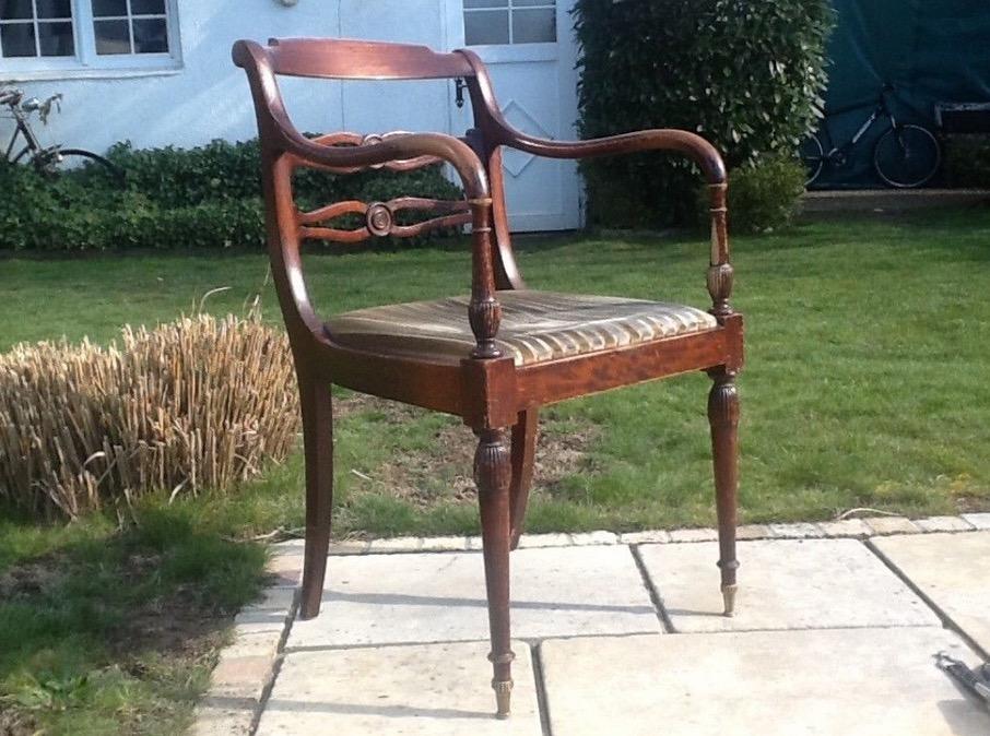 antiker sessel armlehnstuhl tr delm bel. Black Bedroom Furniture Sets. Home Design Ideas