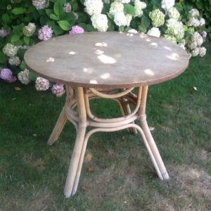 Alter Tisch, Esstisch, Bambustisch