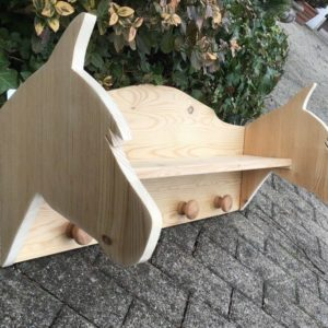 Holzregal, Garderobe, Ablage