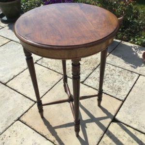 Holztisch, Beistelltisch (Antiquität)