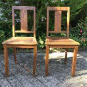2 antike Stühle, Holzstühle