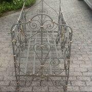 Eisenbett, Kinderbett, gebrauchte Möbel bei Freiburg
