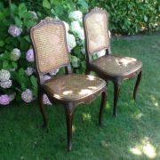 2 antike Stühle, Holzstühle – gebrauchte Möbel bei Freiburg