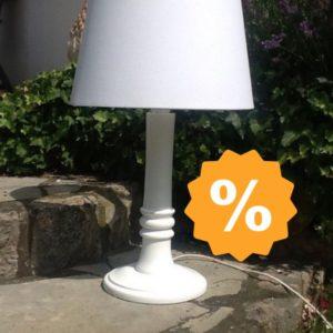 Tischlampe/ Holzlampe (Landhausstil)