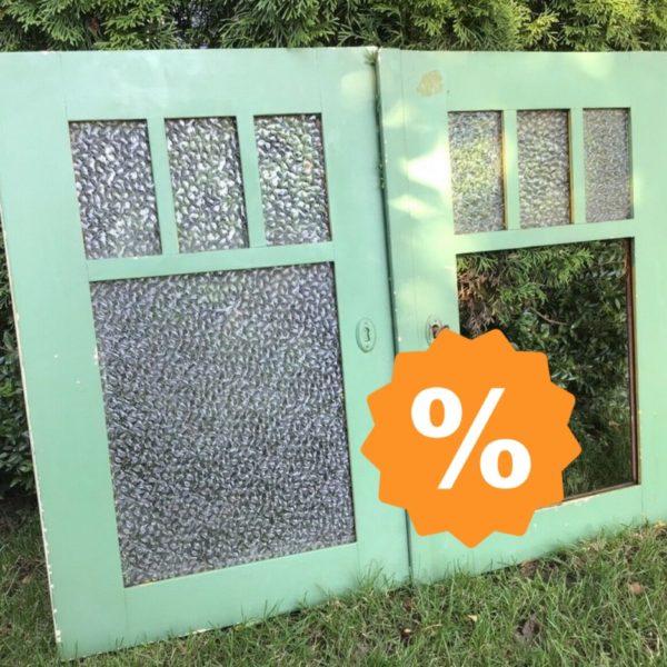 Alte Holzfenster, Sprossenfenster, Deko (shabby)