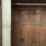 Alter Holzschrank, Kleiderschrank (Shabby, Landhausstil)