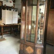 Vitrine, Holzschrank, Spiegelschrank (Antiquität)