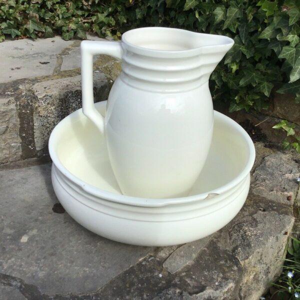 Waschschüssel mit Krug, Zell am Harmersbach (Landhaus, Shabby, Deko)